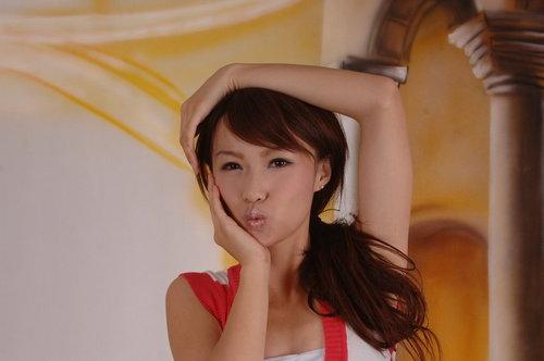 Angie Tong